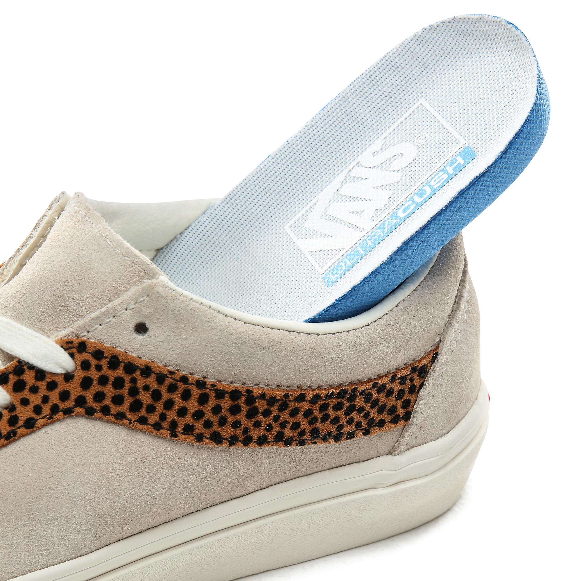 Ua Bold Ni (Tiny Cheetah) Turtledove