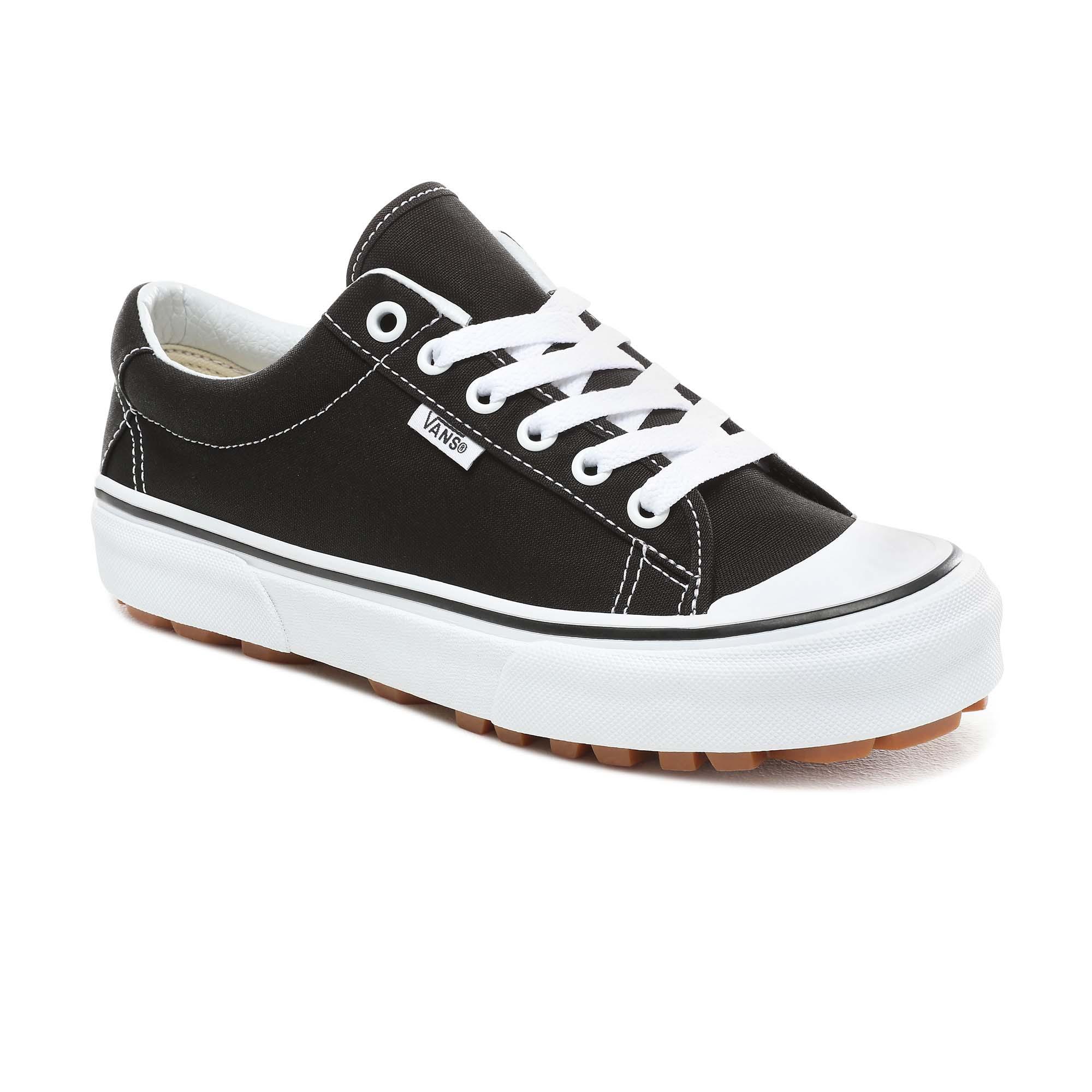 Vans Ua Style 29 Black/True White