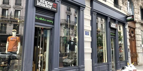 Photo vitrine boutique lyon snowleader