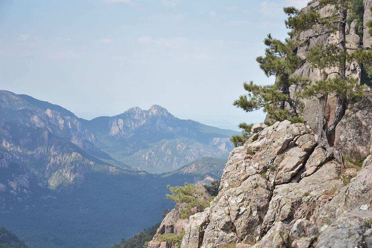 gr20 paysage montagne de jour