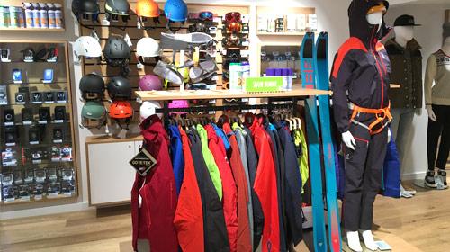 Photo intérieur boutique chamonix snowleader